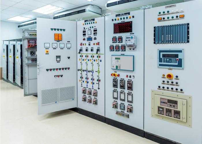 ako-mes-centros-control-motores